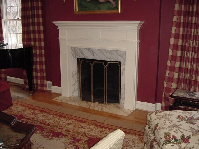 White fireplace mantel