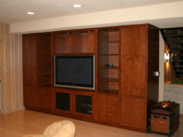 Maple wood media center