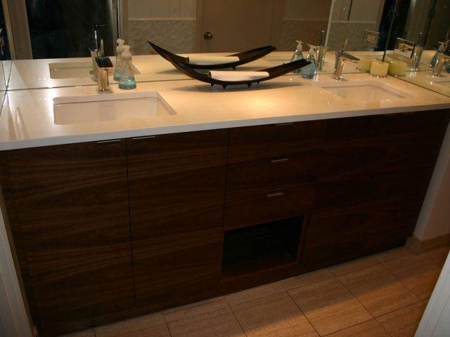 Walnut wood vanity with horizontal grain